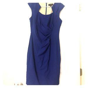 Dana Buchman Size 6 dress